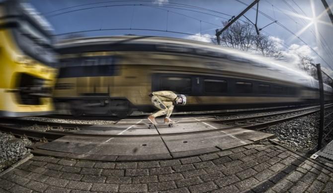 Passie_NHD_Deen_Mondt_Downhill_Skateboarden