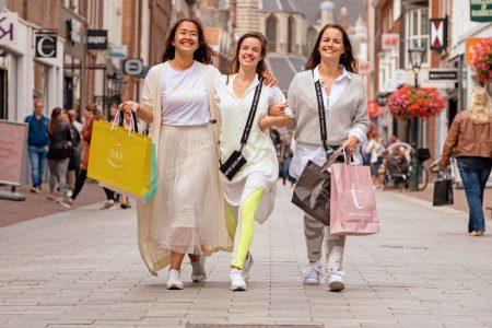 alkmaar-marketing-shoppen-met vriendinnen-rick-akkerman-fotografie