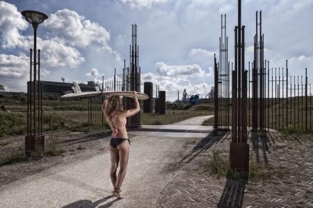 fotograaf-rick-akkerman-serie-golfsurfen-passie-Anne-De-poort