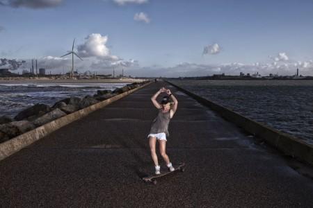 fotograaf-rick-akkerman-serie-golfsurfen-passie-Joan-Tussen-twee-wateren