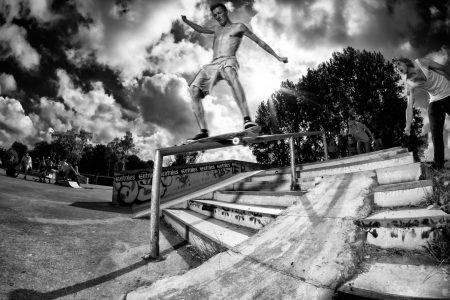 fotografie-rick-akkerman-skatepark-oudorp-boardslide-rail