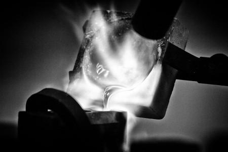 goud-smelten-gieten-metal-art-goudsmid-joeri-dijkman-rick-akkerman-fotograaf-zakelijk