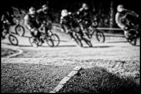 rick-akkerman-fotografie-fcc-de-boscrossers-heiloo-bmx-crossfiets-race-strijd-wedstrijd-heuvel