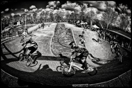 rick-akkerman-fotografie-fcc-de-boscrossers-heiloo-bmx-crossfiets-start-race-wedstrijd-kombocht