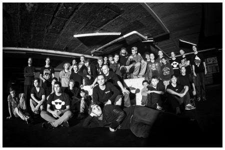 rick-akkerman-fotografie-parkour-freerunners-groepsfoto-munkimotion