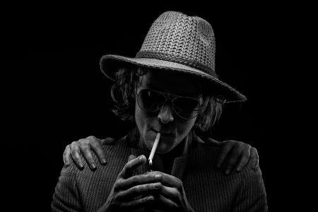 rick-akkerman-smoke-sells-lucky-strike