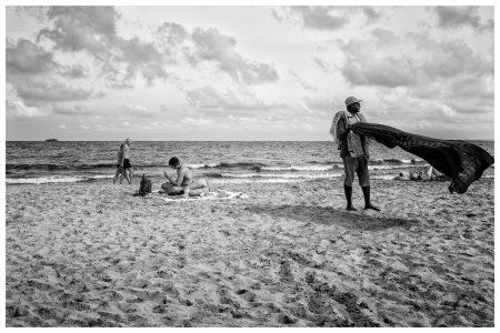 strand-verkoper-ibiza-rick-akkerman-fotografie