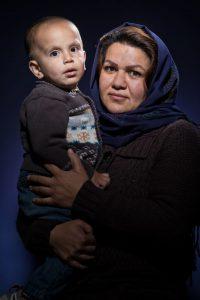 vrouw-kind-asielzoekers-rick-akkerman-fotografie